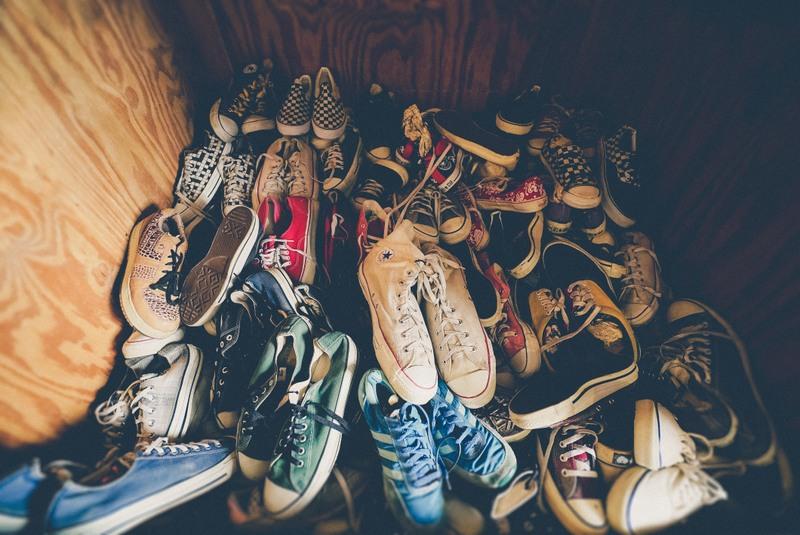 Czym jest decluttering garderoby?